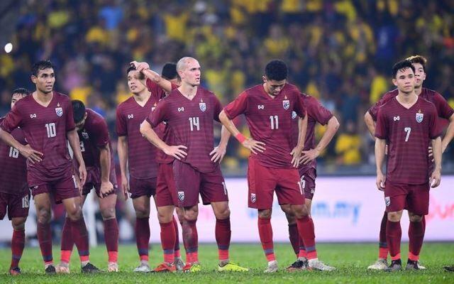 Hậu sa thải HLV World Cup, bóng đá Thái Lan đón bão chỉ trích - 2