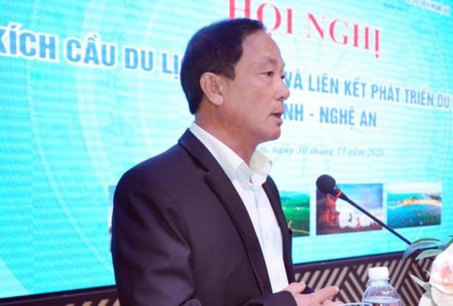 Bí thư Bình Định yêu cầu tạm đình chỉ công tác Giám đốc Sở Du lịch chơi golf - 1