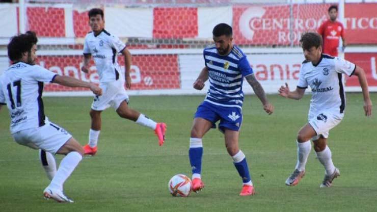 Sốc bóng đá Tây Ban Nha: Trọng tài dỗi bỏ trận đấu, cầu thủ và HLV vào bắt thay - 5