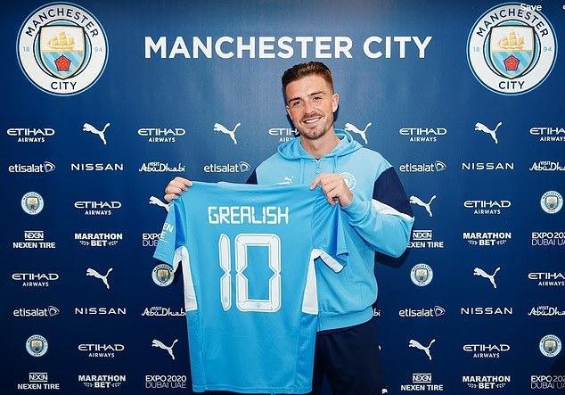"""""""Bom tấn"""" Grealish chính thức gia nhập Man City, nói điều bất ngờ về De Bruyne - 1"""