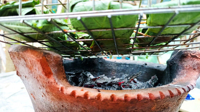 Thịt băm bọc thứ lá tưởng chỉ dùng để ăn quả này được món ăn độc lạ lại vô cùng hao cơm - 7