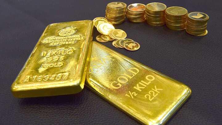 """Giá vàng hôm nay 7/8: Bị """"thổi bay"""" 1 triệu trong vài giờ, vàng xuống mức thấp nhất 5 tuần - 1"""