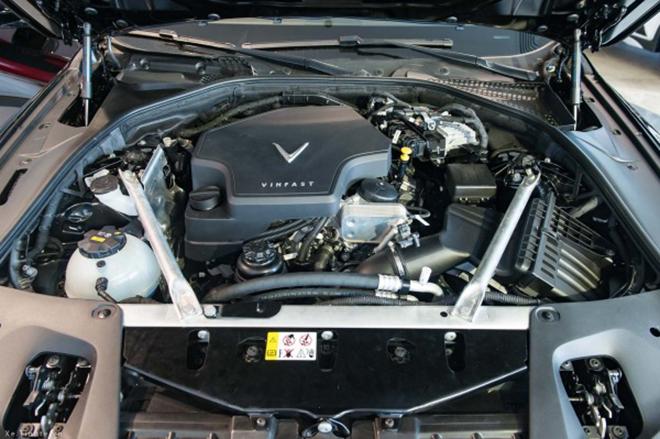 Giá xe VinFast Lux SA2.0 lăn bánh tháng 8/2021 - 11