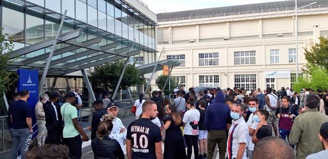 """Tin nóng nhất Messi ký hợp đồng với PSG, đêm nay họp báo ra mắt tại """"Công viên các Hoàng tử"""" - 6"""