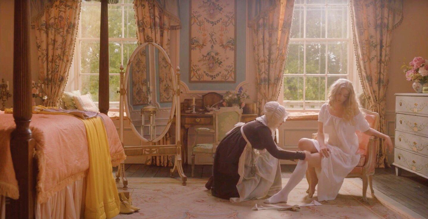 """Bộ váy trong phim đoạt giải """"Trang phục đẹp nhất Oscar"""" bất ngờ gây tranh cãi - 5"""