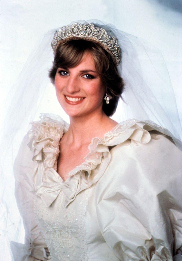 10 chiếc váy cưới mang tính biểu tượng nhất trong lịch sử thời trang - 1