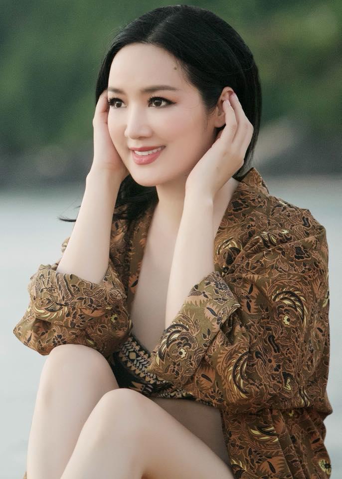 """Vẻ đẹp nghiêng thành thời trẻ khiến nhiều tỷ phú """"ngã gục"""" của hoa hậu Đền Hùng - 6"""