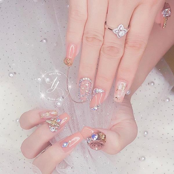 10 mẫu nail cô dâu đẹp đơn giản nhẹ nhàng hiện đại và sang chảnh - 4