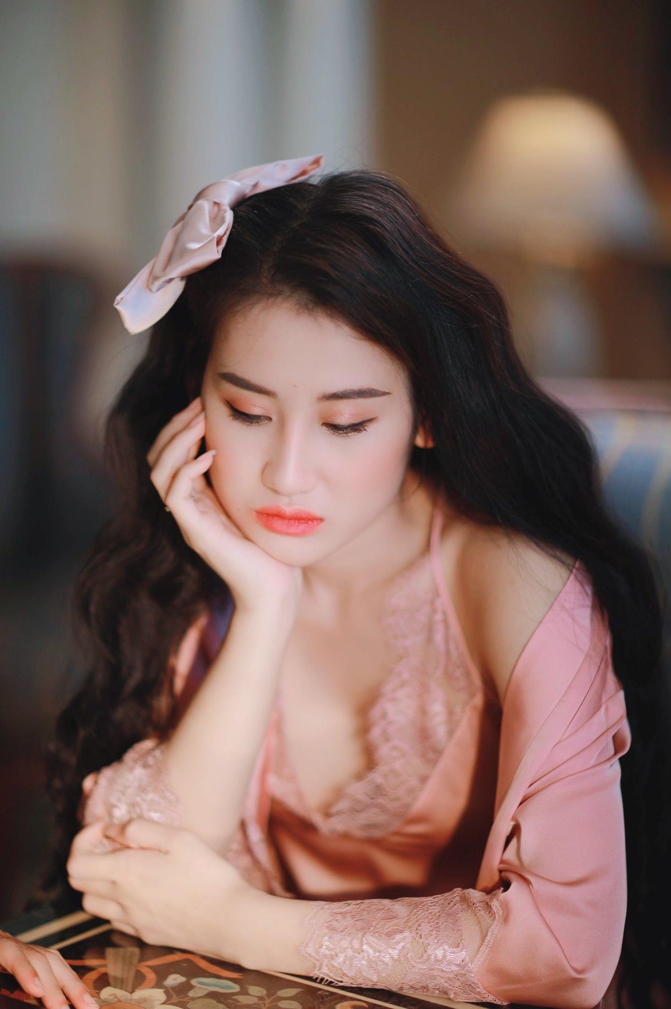 """Nữ quân nhân Việt xinh đẹp như hoa hậu, giữ dáng nhờ """"kỷ luật thép"""" - 12"""