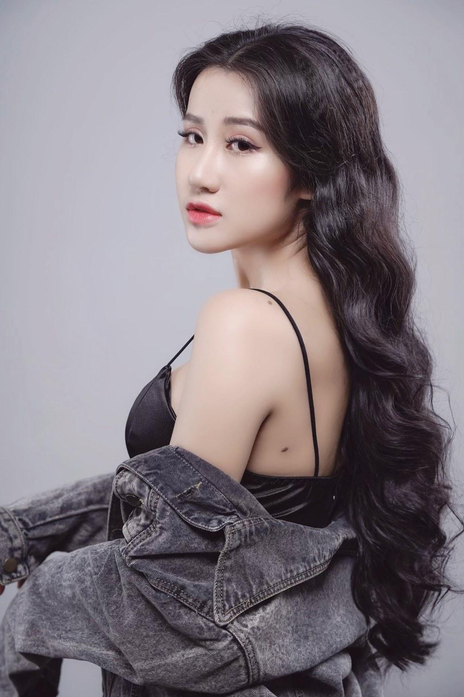 """Nữ quân nhân Việt xinh đẹp như hoa hậu, giữ dáng nhờ """"kỷ luật thép"""" - 11"""