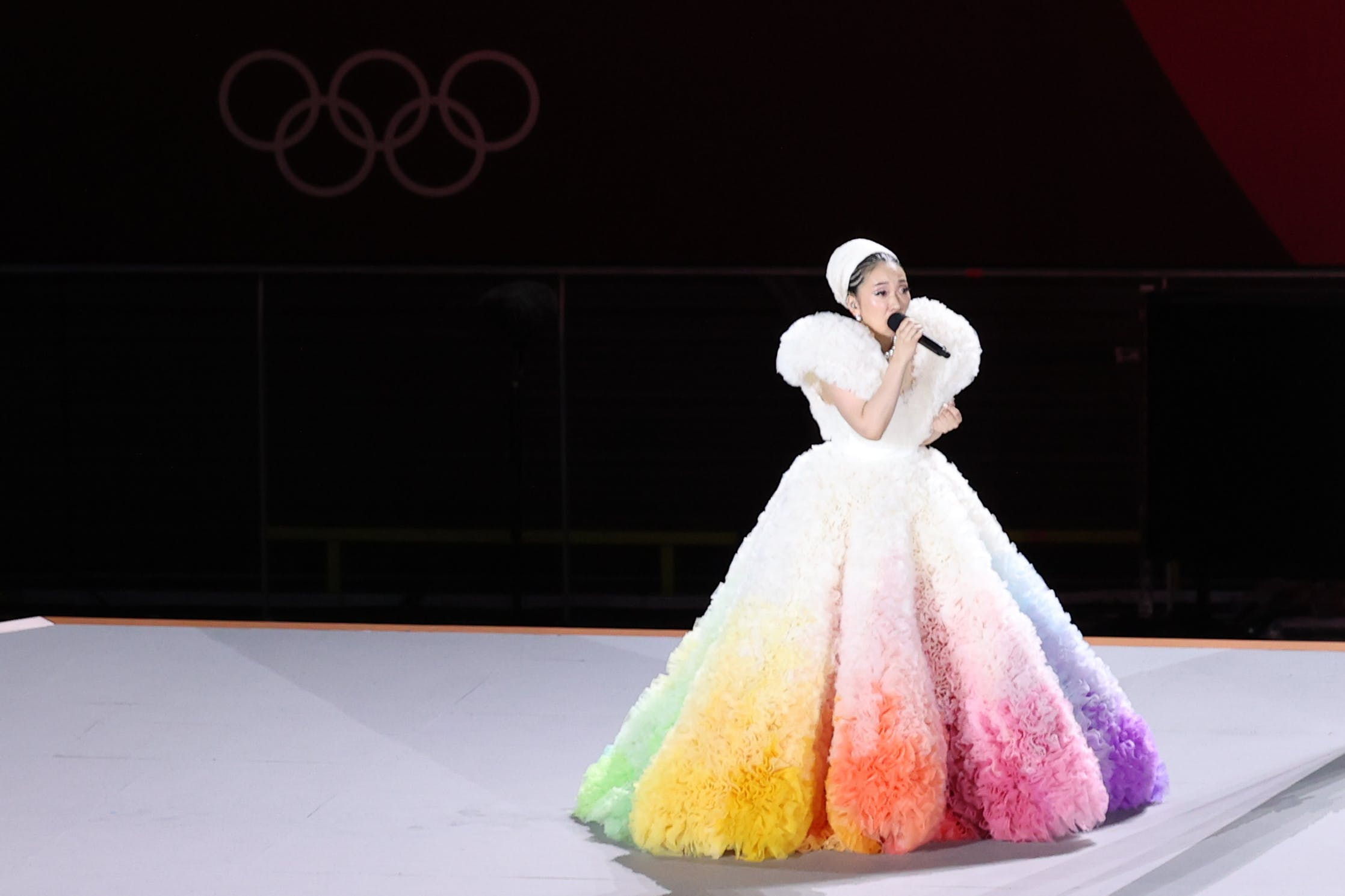 Nhìn các khoảnh khắc thời trang ấn tượng của Olympic Tokyo 2021 - 1
