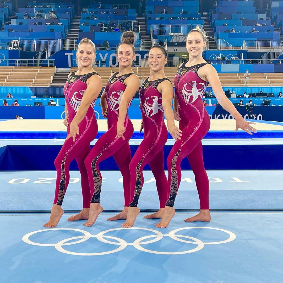 Nhìn các khoảnh khắc thời trang ấn tượng của Olympic Tokyo 2021 - 3