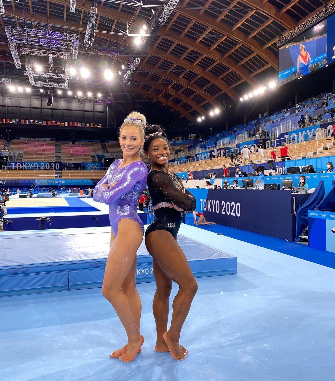 Nhìn các khoảnh khắc thời trang ấn tượng của Olympic Tokyo 2021 - 6