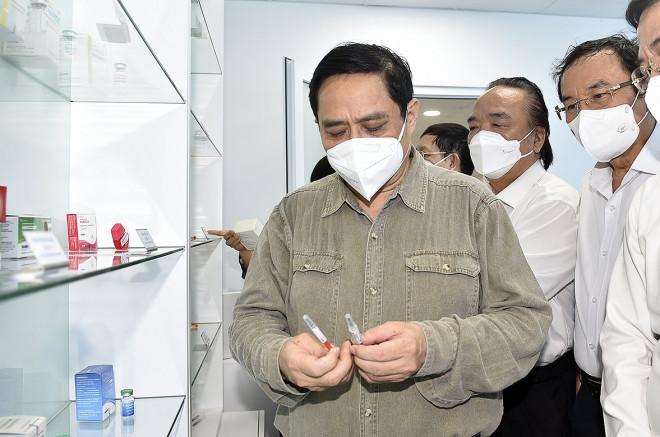 Thủ tướng: Nếu suôn sẻ trong tháng 9 sẽ có vắc-xin sản xuất trong nước - 4