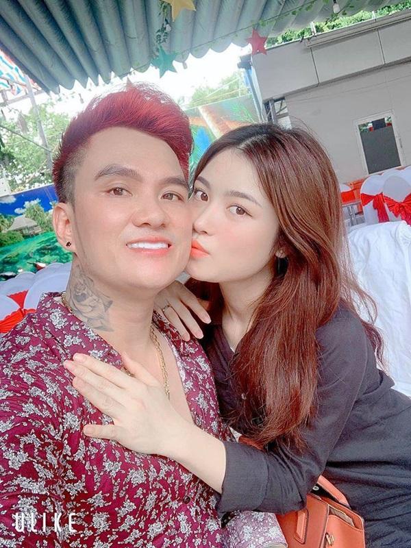 Sao Việt lấy vợ là fan của mình: Lam Trường cưới cô bé từng bế trên tay - 5
