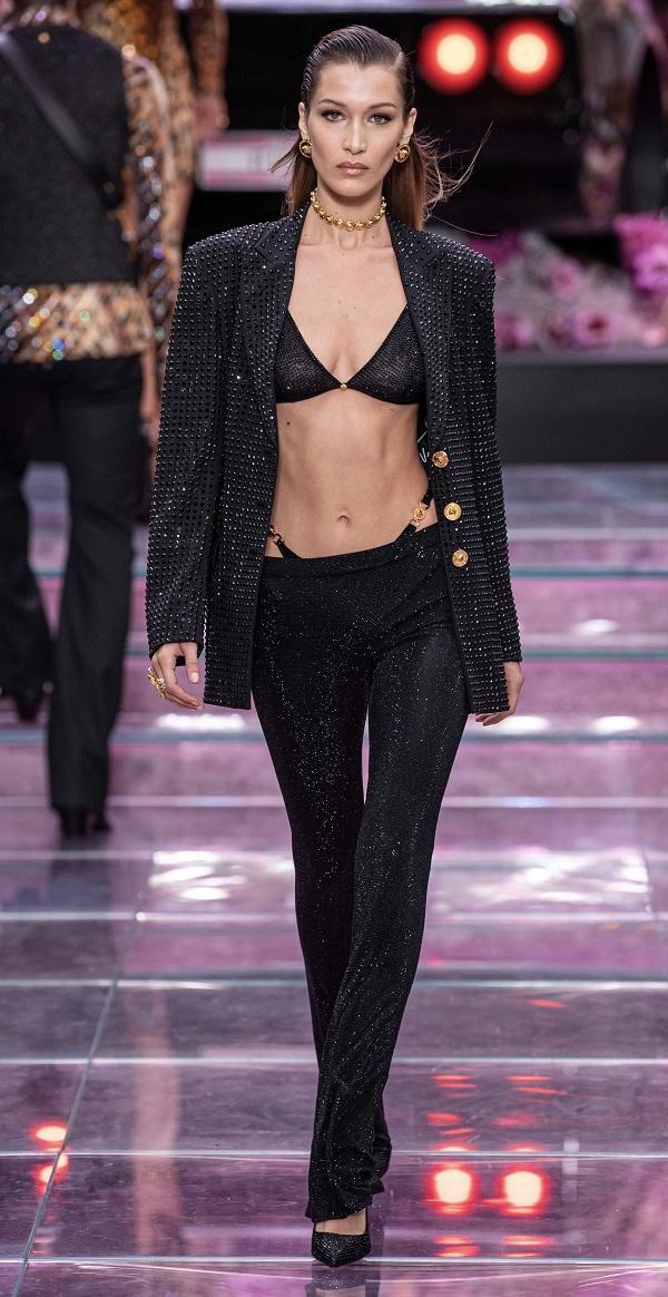 Nhìn lại sự phát triển của phong cách khoe áo bra - 8