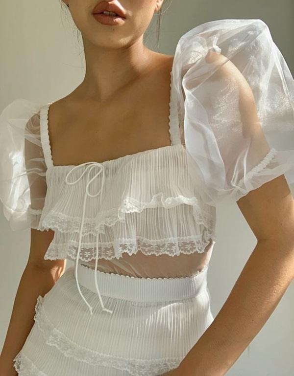 """Đây là kiểu váy áo tôn vòng 1 """"siêu đỉnh"""" đang được chị em yêu thích - 4"""