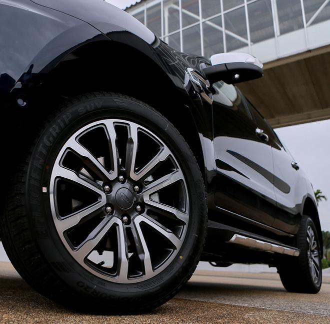 Giá xe Ford Everest lăn bánh tháng 8/2021, ưu đãi 20 triệu đồng - 8