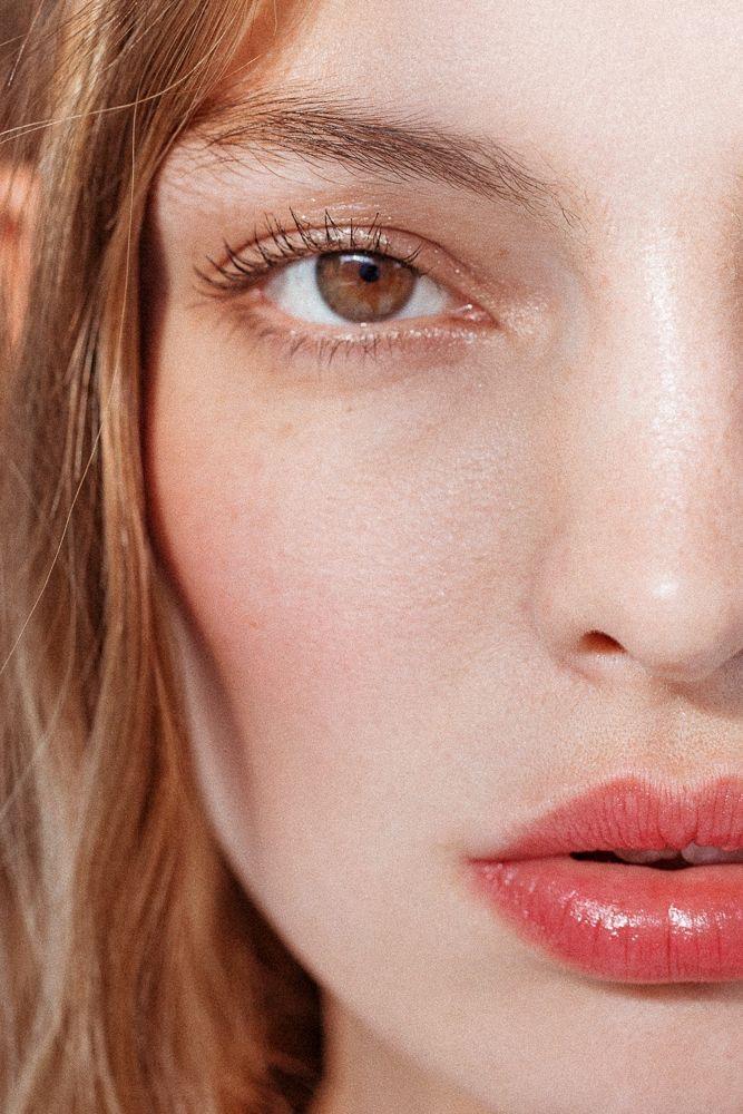 Những cách đơn giản thêm sắc hồng đào cho đôi môi bạn - 4