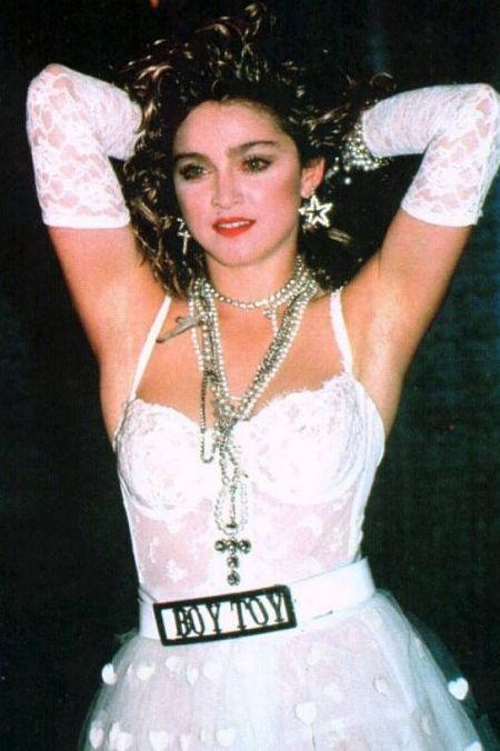 """Những trang phục mang tính biểu tượng của """"nữ hoàng nhạc pop"""" Madonna - 3"""