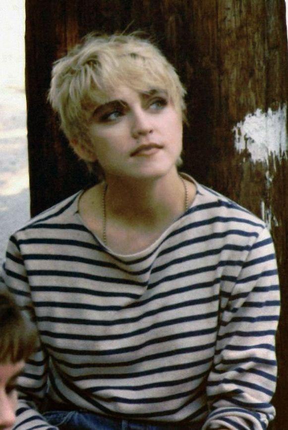 """Những trang phục mang tính biểu tượng của """"nữ hoàng nhạc pop"""" Madonna - 6"""