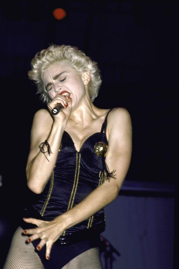 """Những trang phục mang tính biểu tượng của """"nữ hoàng nhạc pop"""" Madonna - 7"""