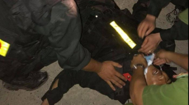 Vụ 5 công an bị thương ở Hướng Hóa: Xử lý nghiêm các đối tượng quá khích - 1
