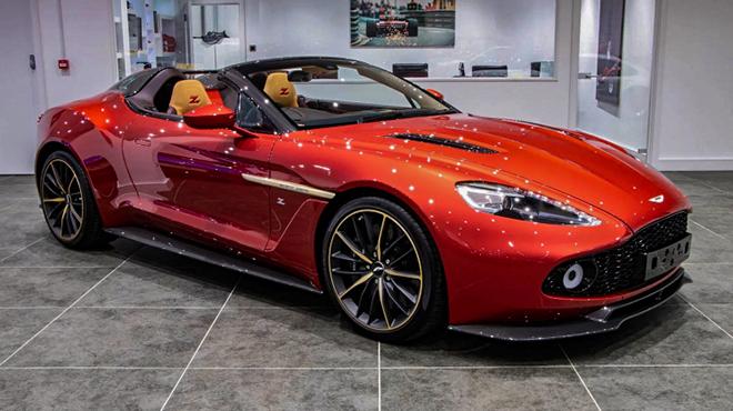 Hàng hiếm Aston Martin Vanquish Zagato rao bán giá khủng - 1