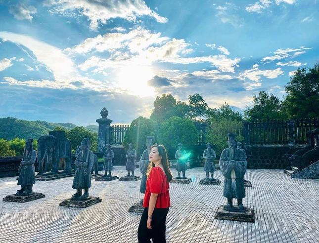 """Lăng Minh Mạng: """"Lạc trôi"""" vào không gian của những đền đài uy nghi mang nét đẹp thời gian - 5"""