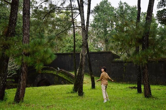 """Lăng Minh Mạng: """"Lạc trôi"""" vào không gian của những đền đài uy nghi mang nét đẹp thời gian - 3"""