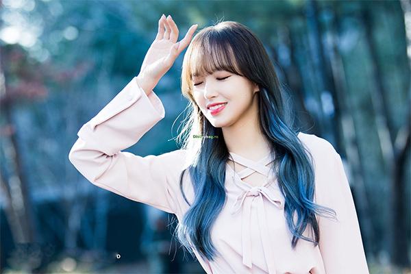 Top 12 màu tóc xám xanh đẹp trẻ trung ấn tượng và vô cùng nổi bật - 7