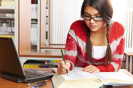 Cắm sạc điện thoại liên tục khi học online có nguy hiểm không? - 2
