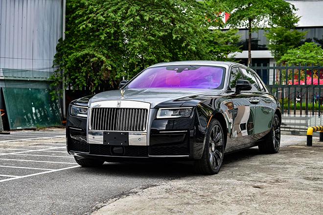 Chi tiết Rolls-Royce Ghost thế hệ thứ 2 ở Việt Nam, giá hơn 40 tỷ đồng - 1