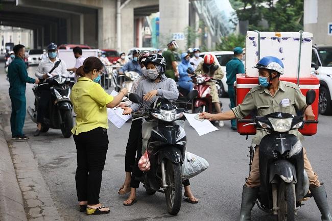 Hà Nội: DN khóc dở mếu dở vì giấy đi đường, lo ngại hợp đồng bị hủy cả loạt - 3
