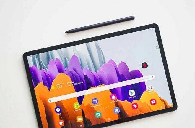 """Galaxy Tab S8 Ultra sẵn sàng """"đối đầu"""" iPad Pro M1 với chip và màn hình xịn - 3"""