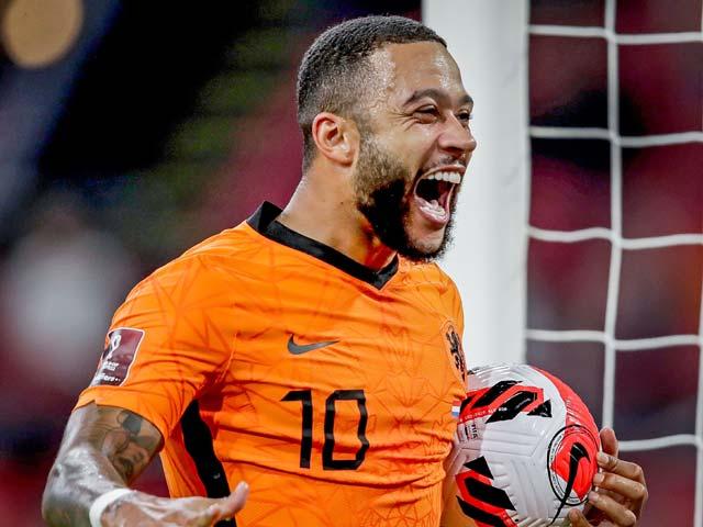 Báo Tây Ban Nha choáng vì hat-trick của Depay, ví đẳng cấp như Ronaldinho - 1