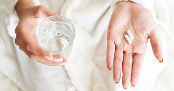 F0 ban đêm không sốt nhưng rất nhức đầu, uống paracetamol được không? - 1