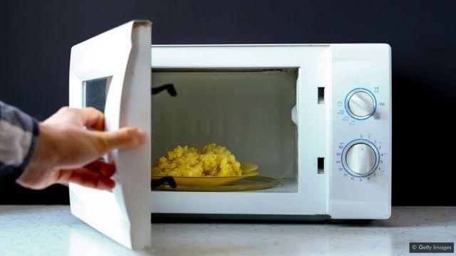 Những vật dụng nhà bếp thông dụng tiềm ẩn nguy cơ gây hại cho sức khỏe - 4
