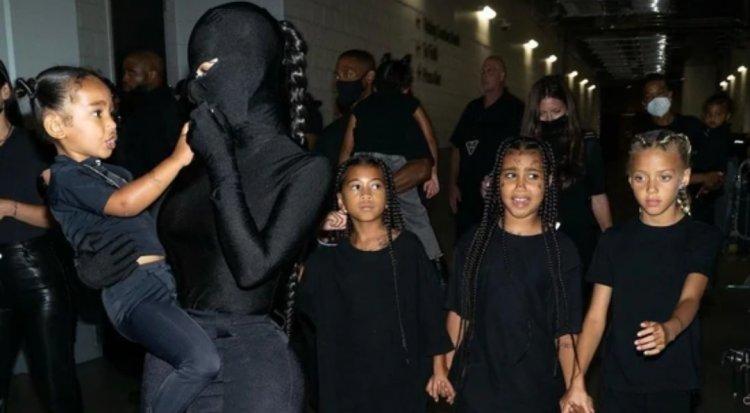 """Kim Kardashian chuộng trang phục kín mít toàn thân, bị ví như """"túi đựng rác"""" - 4"""