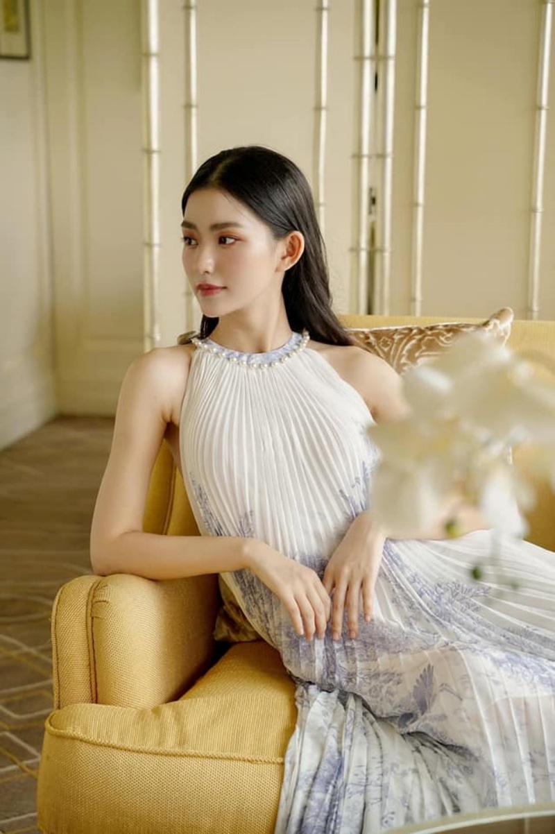"""Nữ sinh Kinh tế thi Hoa hậu Hoàn vũ Việt Nam có số đo vòng 2 """"hiếm có khó tìm"""" - 4"""