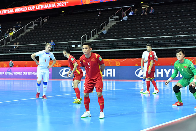 Vỡ òa ĐT futsal Việt Nam khiến CH Séc choáng, lấy vé đi tiếp ở World Cup - 3