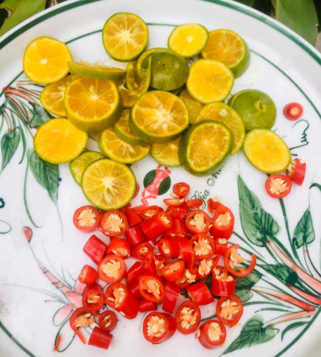 Chân gà sốt Thái làm thế này, vừa dễ vừa nhanh, chua ngọt giòn cay đủ vị - 2