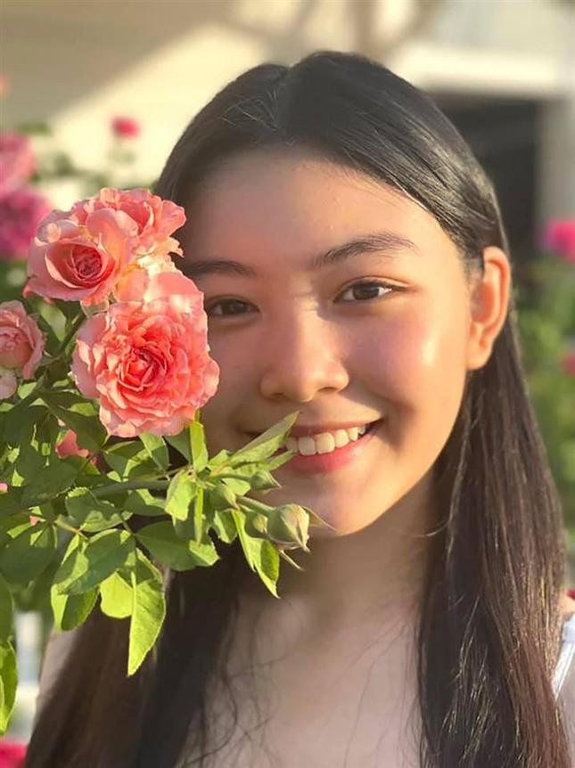 Con gái 15 tuổi nhà Quyền Linh khuấy đảo mạng xã hội với bộ ảnh xinh như thiên thần - 8