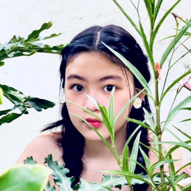 Con gái 15 tuổi nhà Quyền Linh khuấy đảo mạng xã hội với bộ ảnh xinh như thiên thần - 3