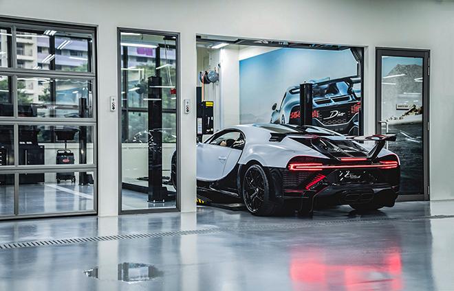 Choáng với chi phí bảo dưỡng siêu xe Bugatti Chiron Pur Sport - 1