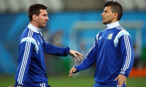 Aguero bị chê dưới tầm Messi