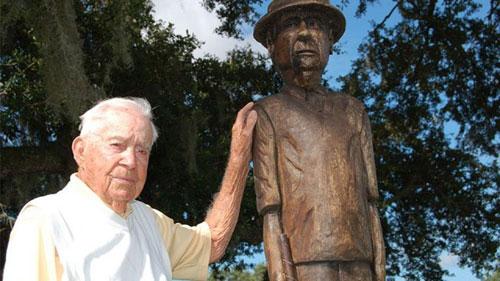Kỷ lục golf không tưởng của cụ ông 103 tuổi