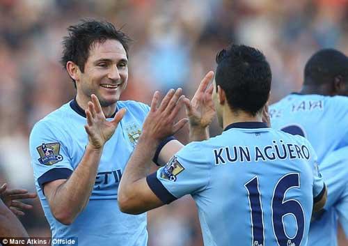 1 tháng nữa Aguero bình phục, Lampard có thể ở lại