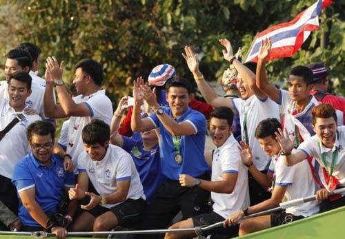 Kiatisak và giấc mơ nâng tầm bóng đá Đông Nam Á