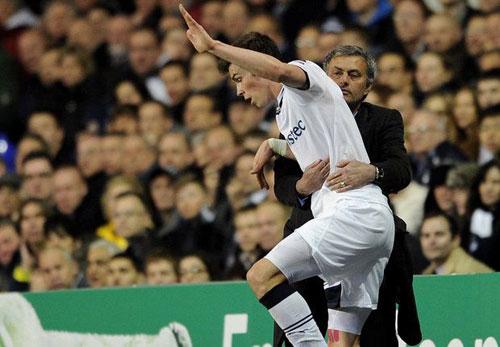 Mourinho phản bác Bale nói La Liga là số 1